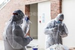 AGENCJA SITEPROMOTION - Wroclaw 25.05.2020SPEEDWAY EKSTRALIGA ZUZLOWA ZUZEL Testy na obecnosc koronawirusa POLISH LEAGUE SPEEDWAY Coronavirus tests , SARS COV 2 , COVID 19NZ Laborantka oraz komisarz sanitarny przygotowani do pobiernia probek , kombinezon , maska , rekawiczki , suit , mask , glovesFOT. WOJCIECH TARCHALSKI / Superstar.com.pl